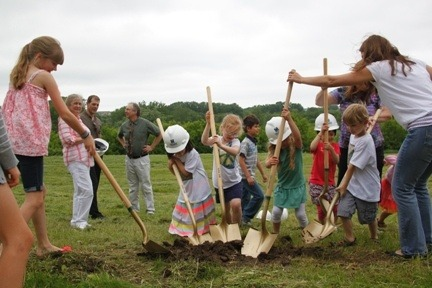 Kindergarten students break ground for EAGLE's 2013 building expansion.